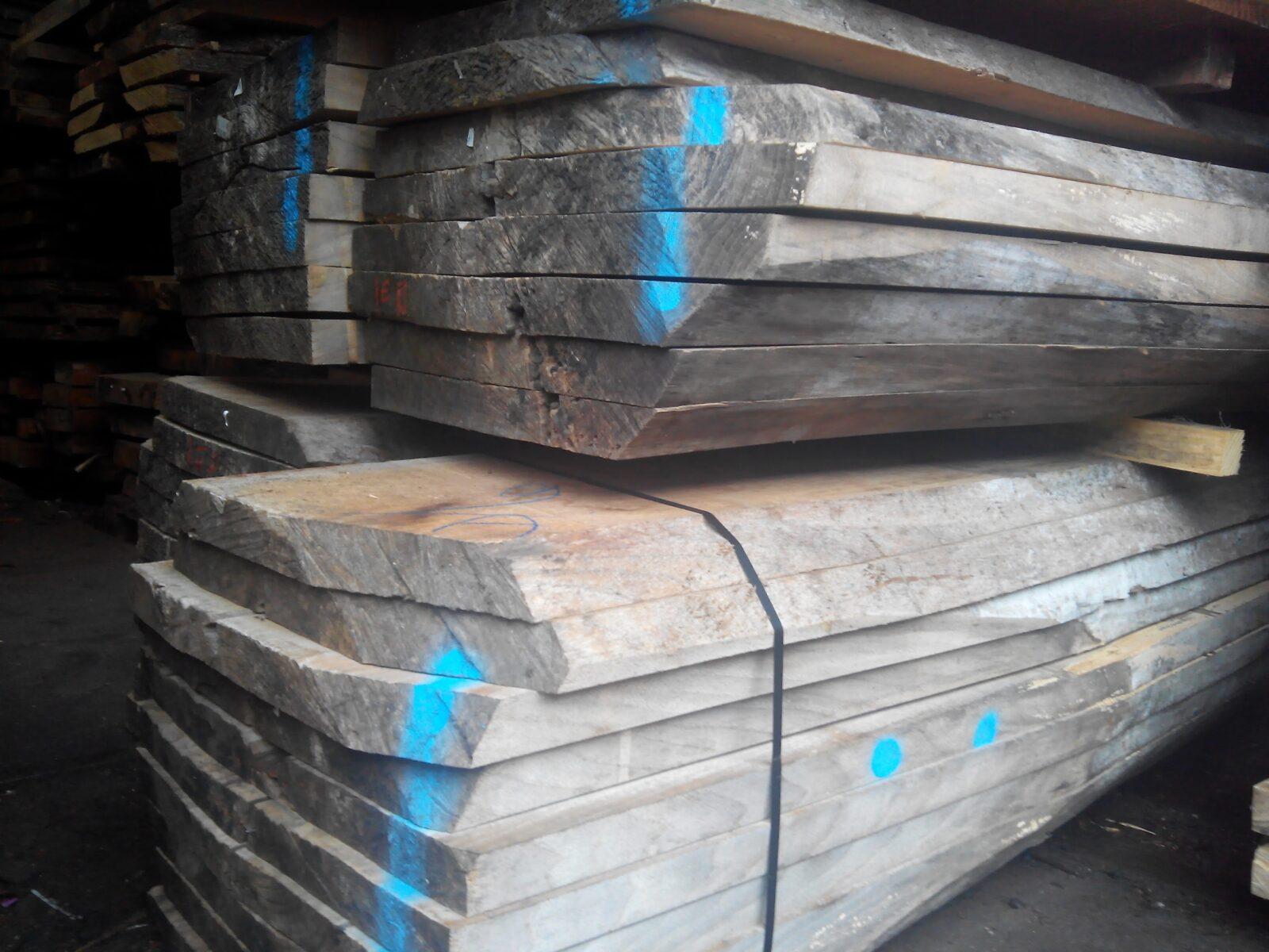 gewaterd iepenhout