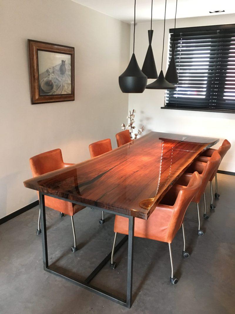 Noten tafel door Femke van Leeuwen