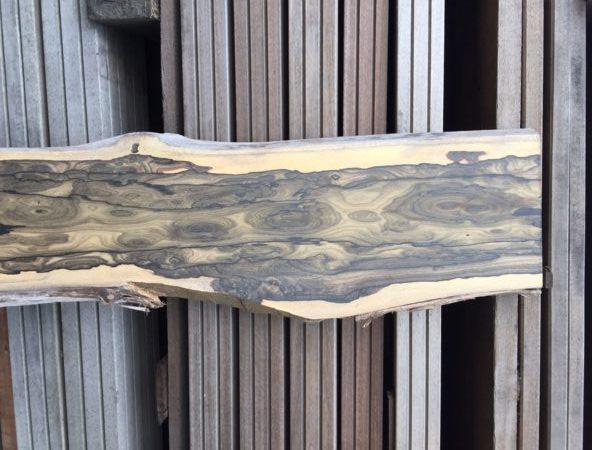 Zirikote hout