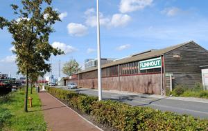 geschiedenis-van-de-amsterdamsche-fijnhouthandel-minervahaven-zij
