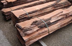 Hardhout ruw in elke gewenste maat en dikte